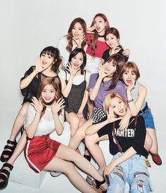 『Seventeen』7月号(6月1日発売)に大人気「TWICE」が登場♡