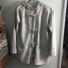 Button up light outerwear Size small (FITS LIKE A LARGE) & super warm & cozy. Lightly worn but in great condition & has lots of life left! Has padding on the inside shoulders. Has pockets & a good. Feel free to make an offer! Nuggets Jackets & Coats