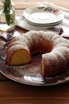 Ελαφρύ κέικ με λεμόνι και γιαούρτι (χωρίς μίξερ) - The one with all the tastes