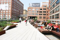 Friends of the High Line just released it's spring programming schedule, and it's awesome! Festivities kick off on April 23 and include some super k