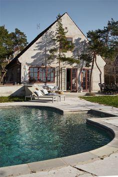 Plywood Furniture, Design Furniture, Nordic Home, Scandinavian Home, Beautiful Villas, Beautiful Homes, Exterior Design, Interior And Exterior, Interior Garden