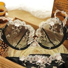 Women's Intimates White Plus Size 36 38 40 C Dd E Cup Intimate Lingerie Bra Set Lace Floral Gay Underwear Push Up Bra T Set Secret Women B3 Cheap Sales