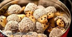 Fast Christmas cookies: hedgehog biscuits - baking makes mom & kids happy . - Fast Christmas cookies: hedgehog biscuits – baking makes mom & kids happy bake # - Food Humor, Cookies Et Biscuits, Baking Biscuits, Christmas Baking, Christmas Cookies, Kids Meals, Sweet Recipes, Cookie Recipes, Food Porn