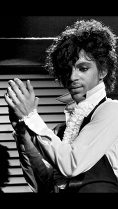 Prince ☔■the Beautiful One ■ sweet black and white ●