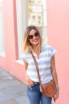 Cropped Denim look | Summer casual look | Tee and jeans look | Uptown with Elly…