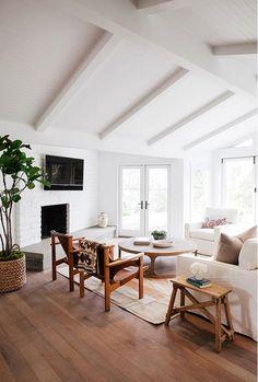 Open Living Room ( HID )
