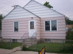 2 Bedroom 1 Bath Duplex Near Terry Park - Billings MT Rentals | Main floor 2 bedroom 1 bath duplex near Terry Park. Unit has newer paint newer carpet throughout new tub and surround with a new floor in bathroom. Tenant must be able to do yard care and snow removal shared with other tenants. 1 Car Garage and ... | Pets: Negotiable | Rent: $795.00 per month | Call Metro Property Management at 406-655-4244