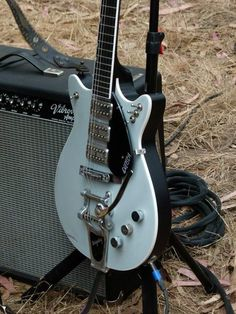 Jack White's Guitar @ Outside Lands 2012...love the multiple switches!