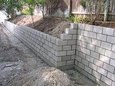 Construção de um muro de arrimo