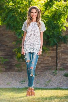 Lacey Tee www.sexymodest.com #summerstyle #lacedtop #duotee #rippedjeans #skinnyjeans #tanheels #longhair