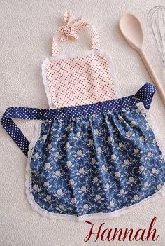 Toddler Apron, Kids Apron, Sewing For Kids, Diy For Kids, Childrens Aprons, Aprons For Men, Sewing Aprons, Kitchen Aprons, Toddler Gifts