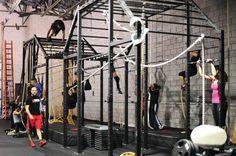 warehouse gym design - Google Search Warehouse Gym, Dream Gym, Crossfit Box, Gym Interior, Outdoor Gym, Gym Room, Boxing Gym, Fitness Brand, Boutique Homes