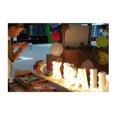 Recordad que hoy y mañana estamos en el Mercado del Caracol en @equinocciopark…