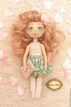 Текстильная коллекционная интерьерная кукла Весна. Автор Надежда Лисицина Princess Zelda, Dolls, Fictional Characters, Art, Baby Dolls, Art Background, Puppet, Kunst, Doll