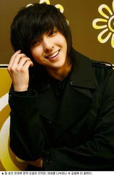 Kim Kibum 김기범 former member of Super Junior 슈퍼주니어 was born August 21, 1987