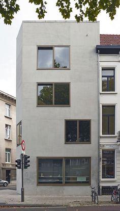 Lieve Vermeiren . De Coster . housing buildind . Antwerpen (2) woning compositie materialisatie rijwoning kleur gevel