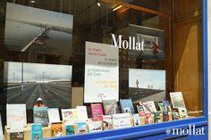 La grande vitrine du mois de juin de la librairie mollat !