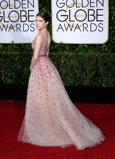 Anna Kendrick is one of our best dressed in this stunning tulle number at the Golden Globes 2015