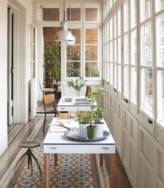 37 Top Colonial Homes Images Sunroom Office Windows Decorating