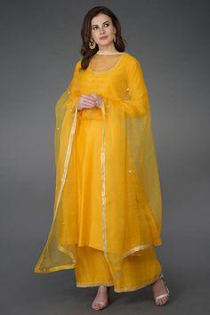 Sunglow Yellow Zardozi and Crystal Work Farshi Palazzo Suit Simple Pakistani Dresses, Pakistani Fashion Casual, Pakistani Dress Design, Indian Dresses, Stylish Dresses, Trendy Outfits, Fashion Dresses, Long Dresses, Indian Party Wear