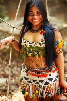 The Amazing Swaziland Farm Native Girls, Native American Girls, Native American Beauty, Cultures Du Monde, World Cultures, Tribal People, Tribal Women, Beauty Around The World, Beautiful People