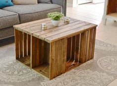 Pallet Coffee Table with Crate Sides   Pallet Furniture DIY