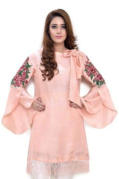 20 Creative and Latest Sleeve Designs For Kurtis Kurti Sleeves Design, Sleeves Designs For Dresses, Kurta Neck Design, Sleeve Designs, Stylish Dresses, Simple Dresses, Casual Dresses, Girls Dresses, Pakistani Dresses Casual