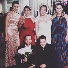 Todas mulheres do meu coração enfim casadas. #deontem  by elciomiranda