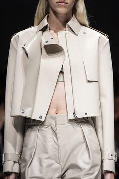 Close up défilé Salvatore Ferragamo prêt-à-porter printemps-été 2014, Milan. #MFW #SS14 #fashionweek #Ferragamo
