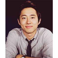 "Steven Yeun (Glenn in ""The Walking Dead"") --probably the only Korean face i find attractive <3 best zombie killer everrrr"