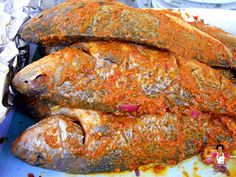 Barbecued Marinated Croaker fish Recipe On Street Foodie Waka, Dobby's Signature Barbecued Fish Recipes, Barbecue Recipes, Grilling Recipes, How To Cook Steak, How To Cook Pasta, Croaker Fish Recipe, Fisher, Flounder Recipes, Cooking Movies