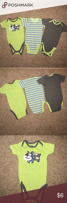 Boys Onesies Lot of 3 Gerber onesies. They fit more like 3 month. Excellent condition. No stains. Smoke free home. Gerber One Pieces