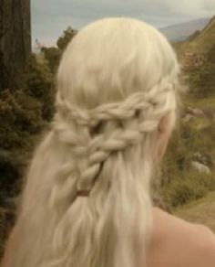 Khaleesi Braids | day late but I have amazing fast internet that will never run out. I ...