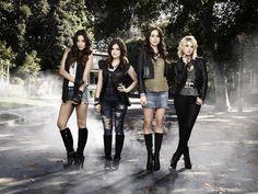 Pretty Little Liars stars Shay Mitchell, Lucy Hale, Troian Bellisario & Ashley Benson!