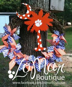 Clemson GO TIGERS Wreath w/ SC Palm and Moon
