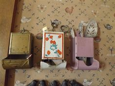 Not every thing goes out to my shop for sale. I love vintage match holders.but I use them for vintage serving pieces and kitchen utensils as well Kitchen Stuff, Kitchen Utensils, Going Out, I Shop, Life, Vintage, Diy Kitchen Appliances, Kitchen Gadgets, Kitchen Items