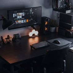 Do you work from home? We've compiled the best office desk setup ideas, ergonomic desk setups, and gaming setup for you, featuring the best ergonomic keyboard for small hands! All images were sourced. Home Studio Setup, Home Office Setup, Home Office Design, House Design, Office Workspace, Computer Desk Setup, Gaming Room Setup, Gaming Rooms, Gaming Computer