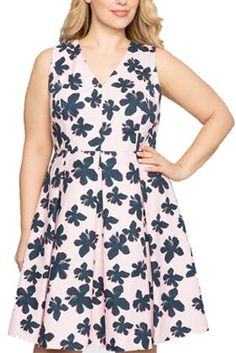 The 5 Best Dress Styles If You ve Got Big Boobs 73e5c0bd6