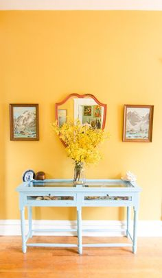 House Tour: A Chicago Home Bursting With Bold Colors | Apartment Therapy