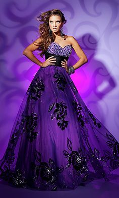 Strapless purple-black combo sweetheart gown oh my god! I love this!!