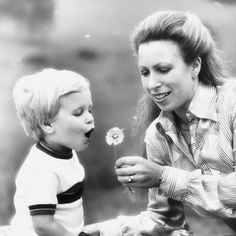 Princess Royal Anne of UK and her son, Peter Phillips. Reine Victoria, Queen Victoria, Royal Princess, Prince And Princess, Windsor, Elisabeth Ii, Royal Life, Royal House, Queen Elizabeth