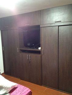 Closets modernos wood pinterest closets modernos for Closets modernos bogota