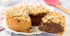 La sbriciolata 5 minuti alla Nutella è un dolce favoloso, cremosissimo, iper veloce e tanto goloso, una sorta di cookie gigante farcito!