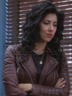 Rosa's burgundy leather jacket on Brooklyn Nine-Nine Rosa Diaz, Pretty People, Beautiful People, Burgundy Leather Jacket, Brooklyn Girl, Female Character Inspiration, Brooklyn Nine Nine, Celebs, Celebrities