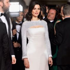 Rachel Weisz wearing #LouisVuitton by @nicolasghesquiereofficial to the premiere of 'Lobster' at #Cannes2015