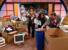 Overwhelmed by garage clutter? Organizational whiz Peter Walsh gives you a system to tackle it!