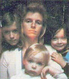 Heather, Linda, Mary, and Stella McCartney Great Love, Just Love, Paul And Linda Mccartney, Stella Mccartney, The Beatles, Mary, Couple Photos, Wings, Cute