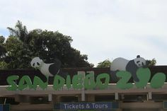 Signage seen shortly after entering San Diego Zoo  |  2929 Zoo Drive, San Diego, CA