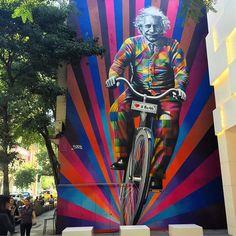 Einstein pedalando é a nova obra de Eduardo Kobra em SP- Bike é Legal