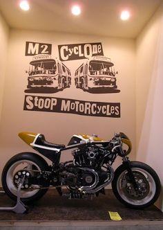 El Corra Motors: STOOP